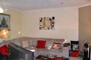 Como Villa 2 bedrooms available now Como South Perth Area Preview