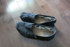 TOMS chaussures / shoes