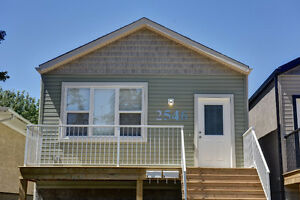 Updated 3 Bedroom Main-Level Suite - 2546 A McDonald St.