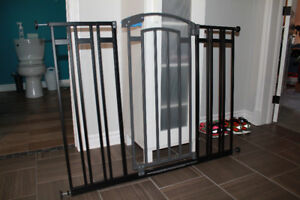 First Years Extra Tall Decor Gate Black