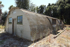 **WANTED** Old Quonset Hut (50's and earlier)