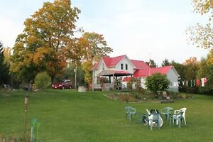 Country Living Minutes from Tillsonburg