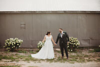 Wedding and Engagement Photographer - Capturing natural moments