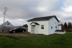 One Bedroom House Just Off Cabot Trail