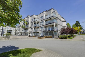 CLARIDGE COURT, Large 2 bedroom condo! Walk or bus to SKYTRAIN!