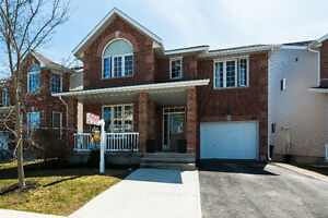SMRT- Beautiful Home Near CFB, 401 and Downtown!