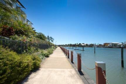 One Bedroom Waterfront Unit to RENT