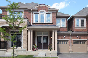 New Townhome in Oakville for Rent Available July 25
