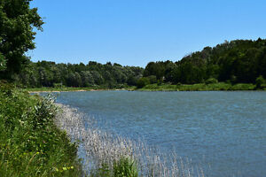 GREAT SAUGEEN RIVER VIEW BUNGALOW