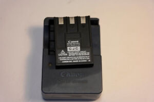Genuine Canon CB-2LU Battery Charger with Canon Battery NB-3L