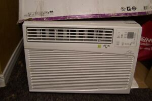 12000 /9500 Room Air Conditioner / Heater Brand New in the Box London Ontario image 1