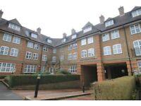 2 bedroom flat in Heathview Court, HAMPSTEAD GARDEN SUBURB, NW1