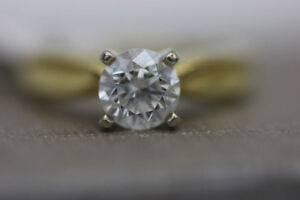 **BRILLIANT** 18K Yellow Gold Solitaire Diamond Ring (#13171)