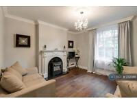2 bedroom flat in Bronwen Court, London, NW8 (2 bed)