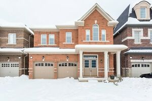 NEW 5 BR DETACHED HOME IN OAKVILLE PRESERVE AREA
