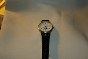 TIFFANY UNISEX WATCH WITH TIFFANY CASE RARE **NEW PRICE** London Ontario image 7