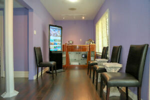 SPA/CLINIC FOR SALE! PRIME LOCATION IN HEART OF RICHMOND HILL