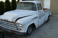 57 Chev P/U Small Window US Truck