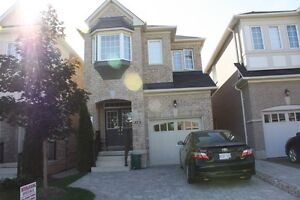 Detached 3bdrm house for rent. Dufferin & Rutherford