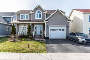 Beautiful family home with in -law apartment!