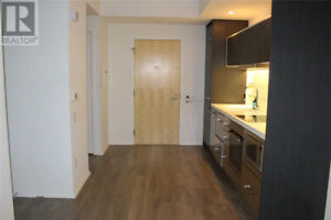 Gorgeoue 1 Bdrm In Sought After Chaz Steps From Yonge and Bloor!
