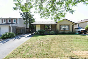 Welcome to 3206 Candela Drive Mississauga