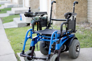 Electric wheelchair: quickie (P-222SE)