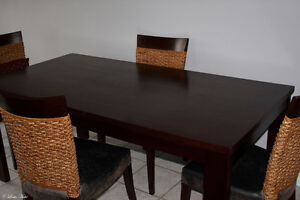 Solid Wood Dark Cherry Kitchen dining Table and 6 Chairs