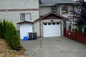 Three Bedroom, 2.5 Bath, Vic House for rent
