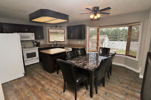 This amazing 3 bedroom bungalow is ready for a new owner! Regina Regina Area image 2