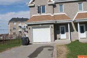 Maison a louer a Vaudreuil\House for rent in Vaudreuil