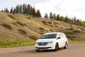 2013 Honda Odyssey EX-RES Minivan, Van