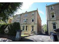 2 bedroom flat in St Johns Road, Clifton, Bristol, BS8 2HD