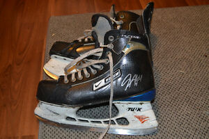 GREG NEMISZ GAME USED 2009 AND 2010 MEMORIAL CUP SKATES WITH COA