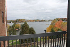 3BED 2 BATH SOUTH END UNIT WITH AMAZING VIEW!!!
