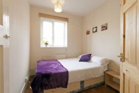 Lovely double room near Mile End station. Location, Price & People!!! £130 per week