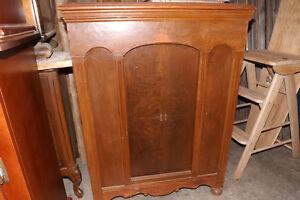 Radio/phonographe antique