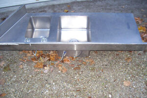 INDUSTRIAL DOUBLE STAINLESS SINK WITH LARGE COUNTER AREA Stratford Kitchener Area image 7