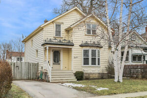 3-Bedroom 2-Storey Downtown Character Home Thorold