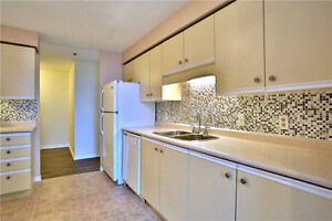 Bright spacious 2 Bedrm Condo Apt. 35 Green Valley Dr. Kitchener