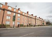 2 bedroom flat in Hillsborough Flats, Hotwell Road, Hotwells, Bristol, BS8 4SW