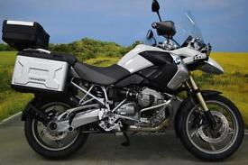 BMW R1200GS 2011 ** ABS, BMW PANNIERS AND TOP BOX, SPOT LIGHTS, HAND GUARDS **