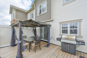 WOW!! Beautiful 3 Bed/3 Bath townhouse for rent in Kitchener!!