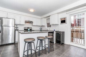 *WHITBY - STUNNING 3 BR END UNIT 1850 SQ FT. HOME FOR SALE!