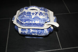 Blue Willow Soup Tureen