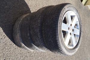 4 Mags 195/55R15 sur pneu d'été 4 trous