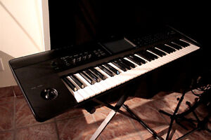 KORG KROME-61 Workstation Keyboard Synth *LIKE NEW*