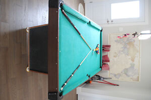 used pool table need it gone ASAP! with set of balls and 2 cues