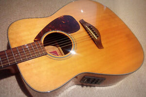 Yamaha FG700S Acoustic / Electric - $265