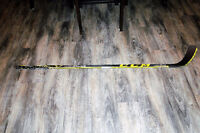 Brand New Intermediate CCM Ultra Tacks 65 Flex Grip - Crosby P29